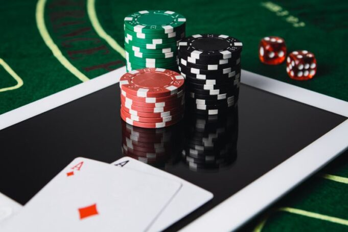 Winning At Online Casinos: How To Increase Your Chances Of Winning